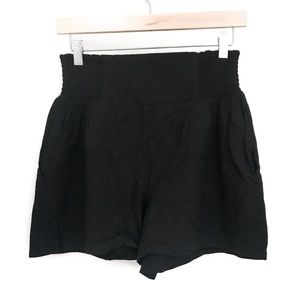 URBAN OUTFITTERS Black Shorts